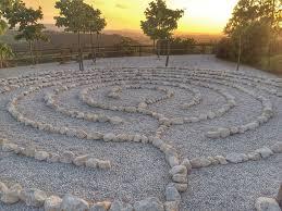 A la recherche du bonheur dans le labyrinthe de la vie